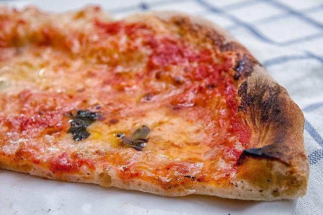 ricetta per pizza croccante