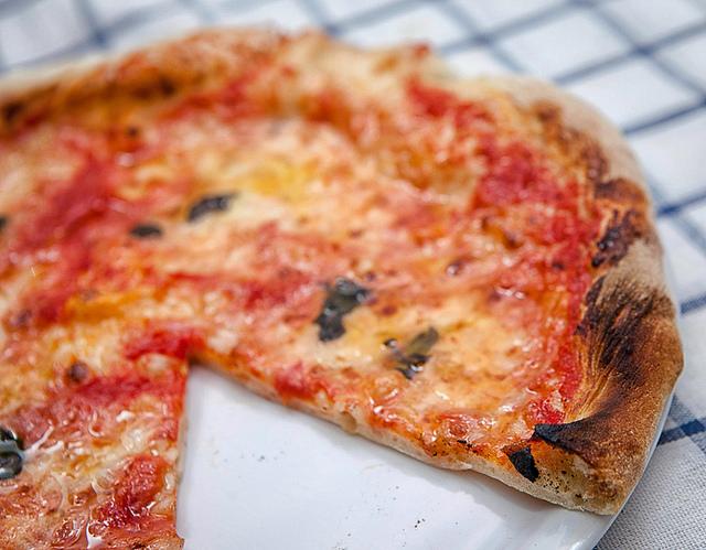 ricetta pizza croccante