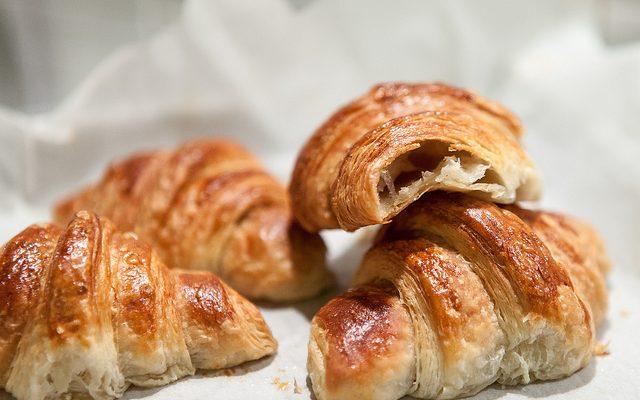 Croissants sfogliati francesi