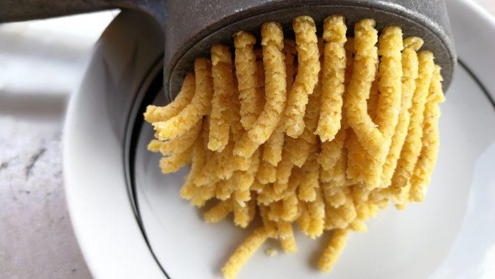 come si preparano i passatelli in brodo