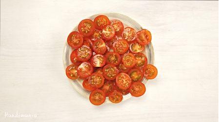 come tagliare i pomodori
