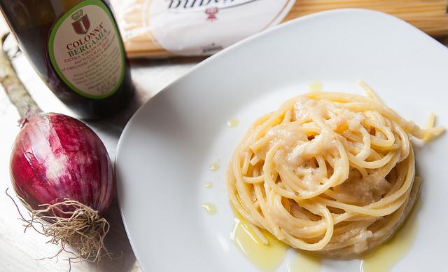spaghetti al cipollotto