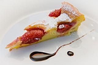 Clafoutis di fragole (o flognarde, come dir si voglia)