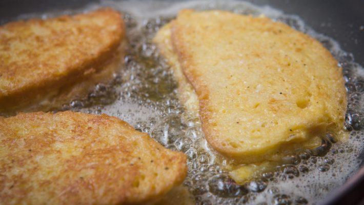 La ricetta originale della mozzarella in carrozza? E' senza pan carrè, con pane *vero*