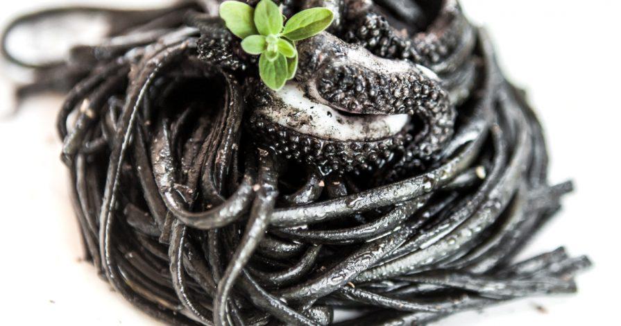 pasta al nero di seppia