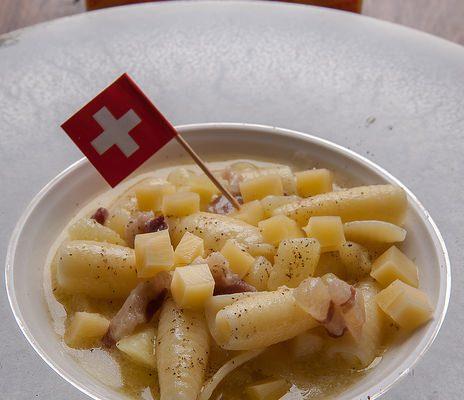 Pasta e patate all'Emmentaler DOP